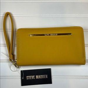 Steve Madden Mustard Zip around wallet